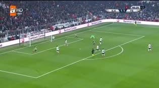 Beşiktaş: 1 - Fenerbahçe: 2